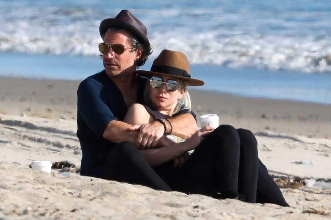 Lady Gaga tillsammans med expojkvännen Christian Carino.