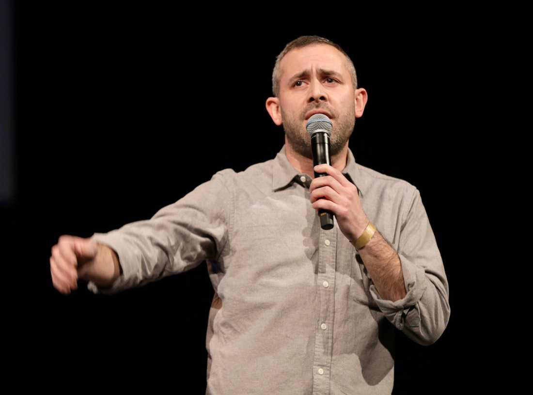 Komikern Aron Flam är åtalad för upphovsrättsbrott. Arkivbild.