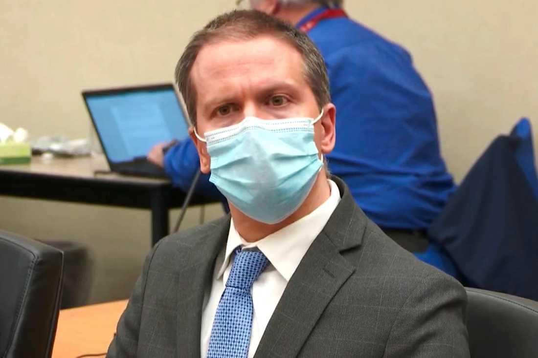 Expolisen Derek Chauvin förklarades skyldig till George Floyds död och riskerar upp till 40 års fängelse.