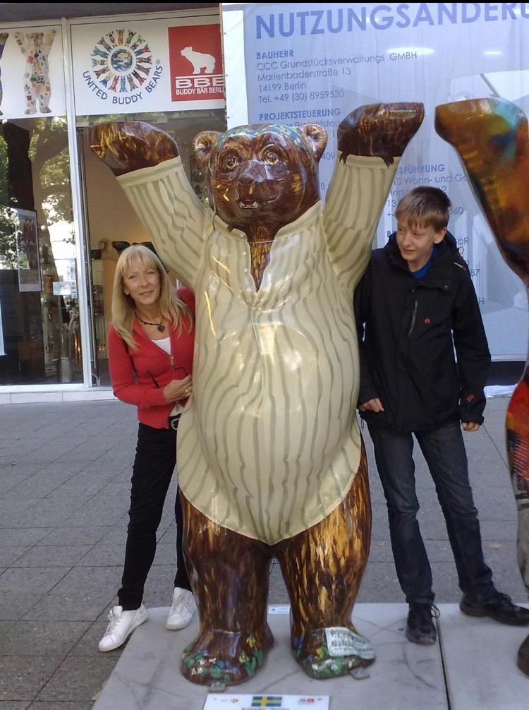 Familjen brukade resa, bland annat till Österrike för att vandra. Ursula och Sigge syns på bilden.