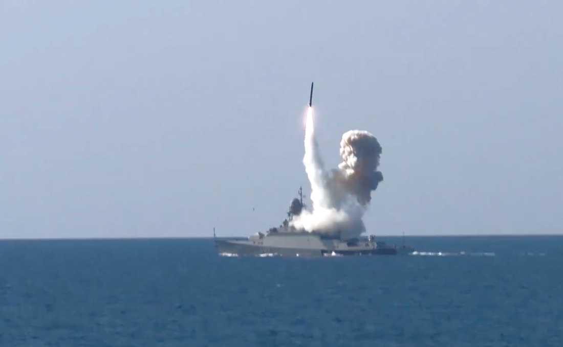 Den ryska ubåtsoperationen ska pågå i uppåt 60 dagar, enligt NRK.