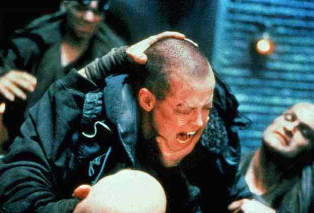 """""""Alien 3"""" (1992) Regi: David Fincher – David Finchers snygga långfilmsdebut fick ett blandat mottagande. Gravt underskattad."""