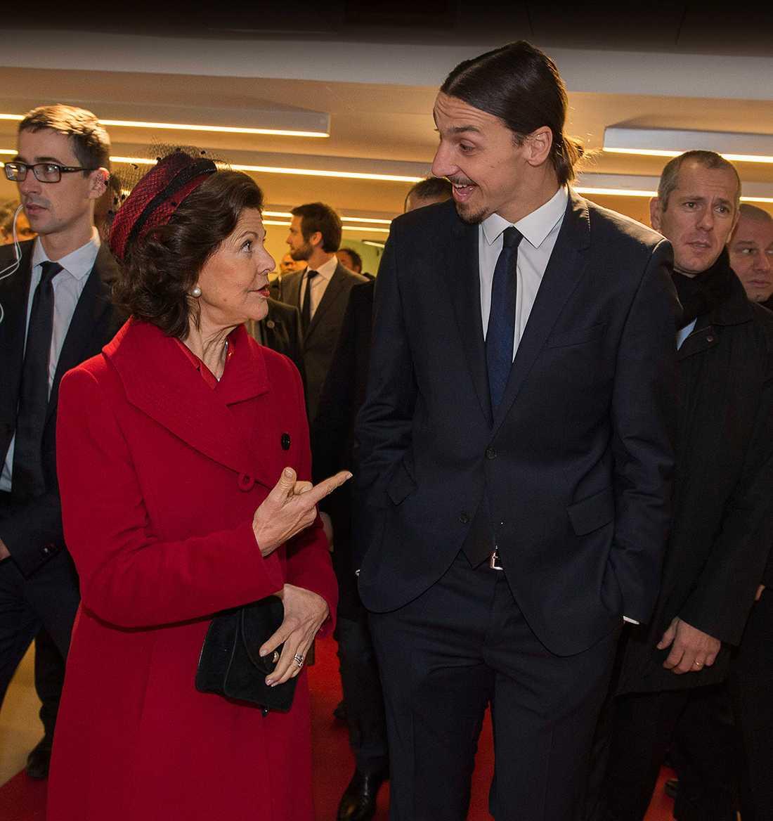 Drottning Silvia och Zlatan verkade trivas ihop.