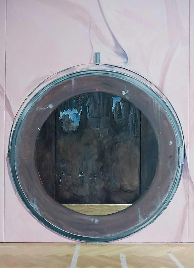 """Sedd genom hålet: Ylva Ogland, """"Grotta, den verkliga världen"""", 2015."""