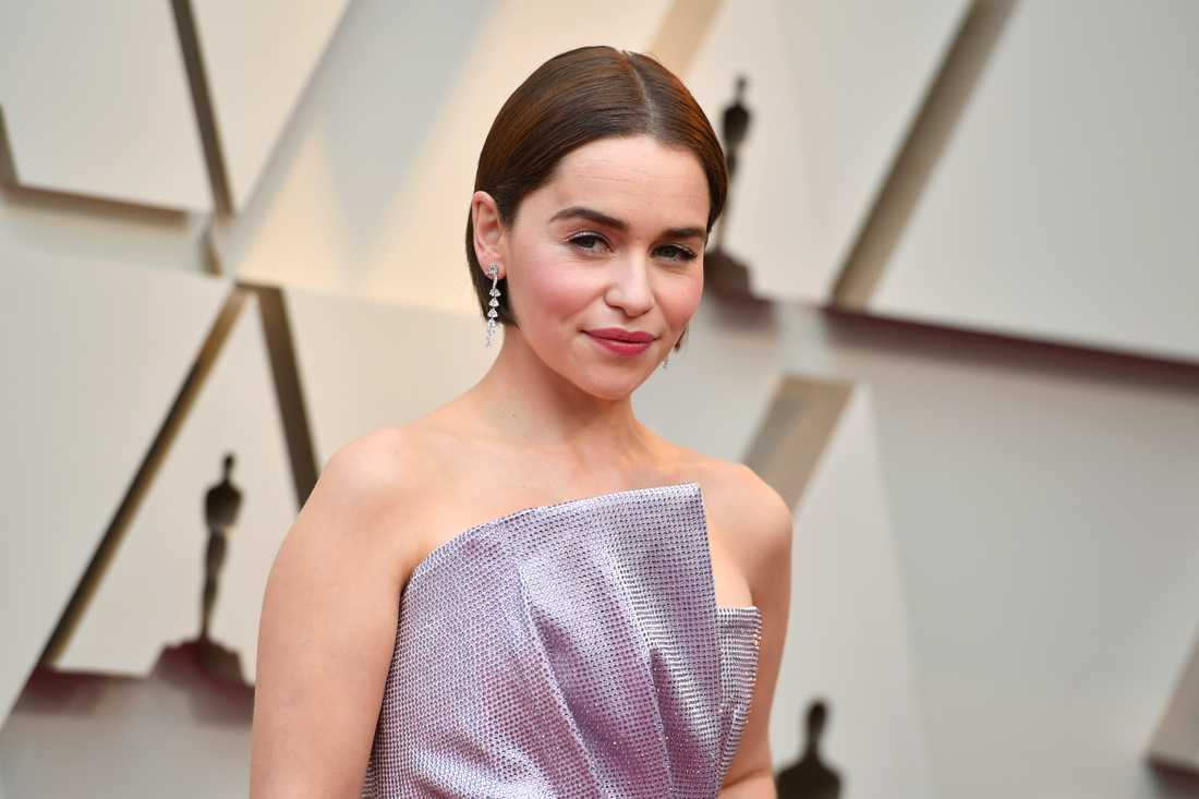 "Emilia Clarke ska spela poeten Elizabeth Barrett i Björn Runges kommande film ""Let me count the ways""."