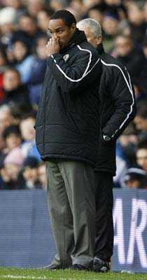 favorit att lämna sitt jobb Efter helgens Premier League har Blackburns tränare Paul Ince blivit ett spelbolags klara favorit att lämna sitt jobb först av de nuvarande tränarna.