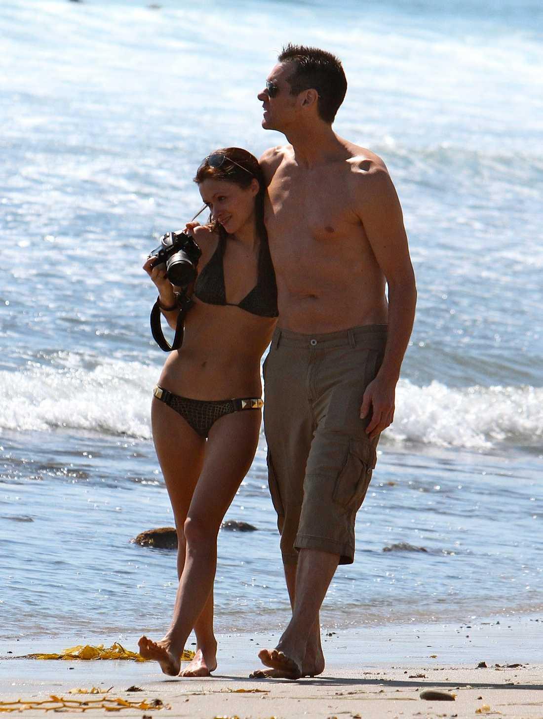 Jim Carrey och Cathriona White Här tittar paret på solen och funder på vad det blir till middag