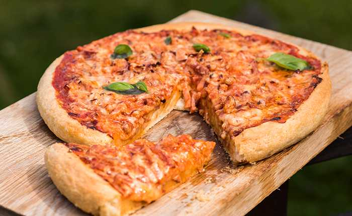 Pan pizza – en matig pizza med västerbottenost.