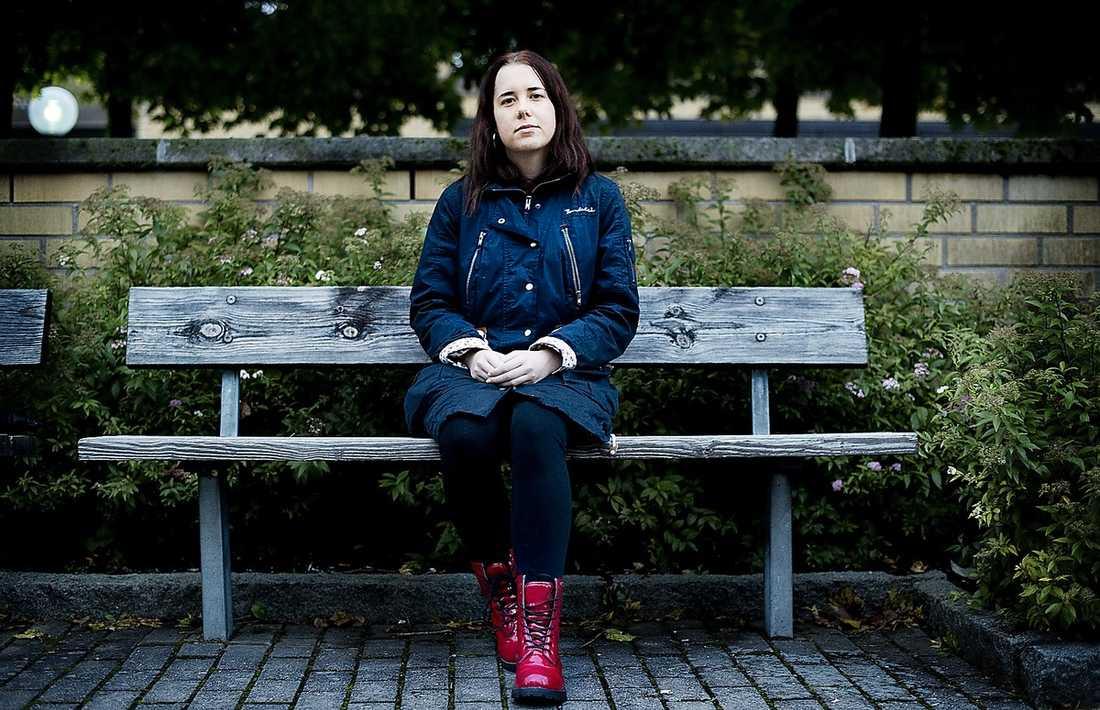 LÅNG KÖ 26-åriga Therese har väntat i 1,5 år för att få terapi.