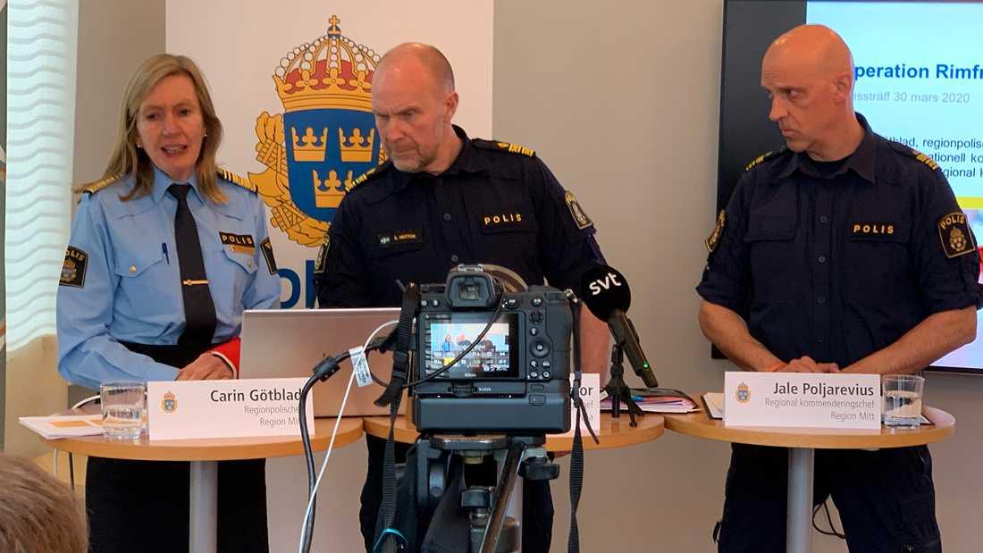 Presskonferensen i Uppsala har börjat.
