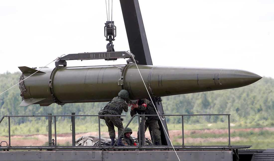 Ryssland kan placera kärnvapenmissiler i Kaliningrad, enligt en militär källa handlar det om Iskandermissiler.