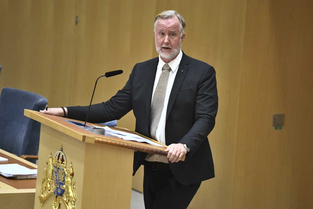 Liberalerna undertecknar inte motioner tillsammans med SD, enligt vice partiledare Johan Pehrson (L). Arkivbild.