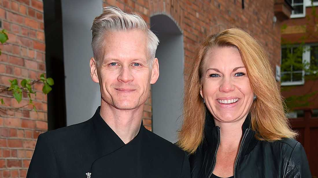 Henrik Fexeus med sambon Linda.