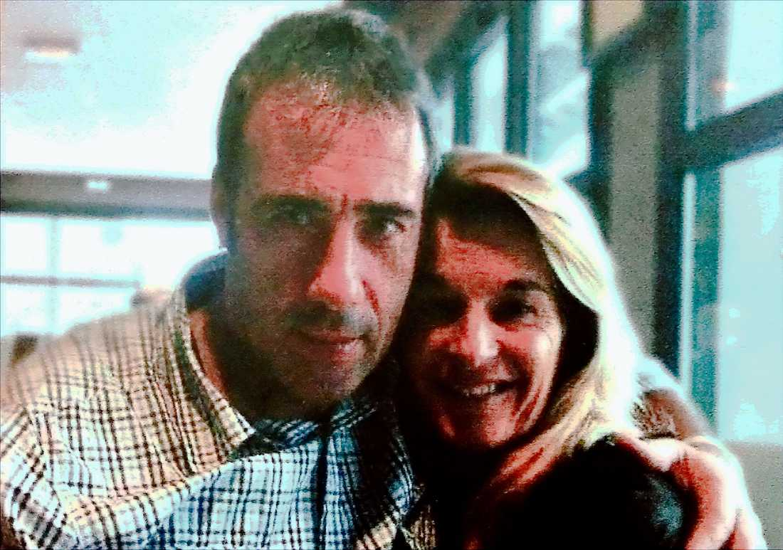 Busschauffören Philippe Monguillot tillsammans med sin fru Veronique Monguillot.