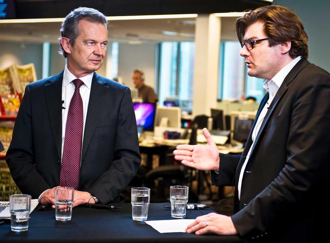 Bertil Ternert och Jan Helin diskuterade händelsen med Silvia i onsdagens Debatt-Live på aftonbladet.se.