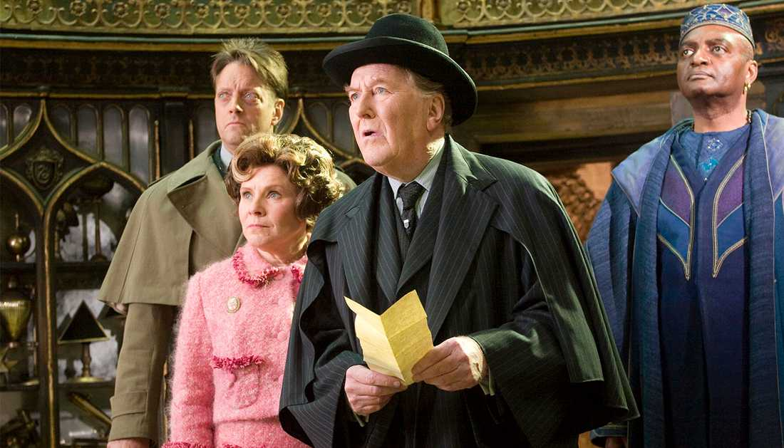 """Robert Hardy spelade rollen som trolldomsminister Cornelius Fudge i fyra filmer om """"Harry Potter""""."""