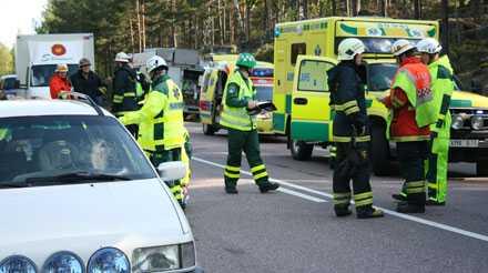 Totalstopp Efter olyckan uppstod milslånga köer.