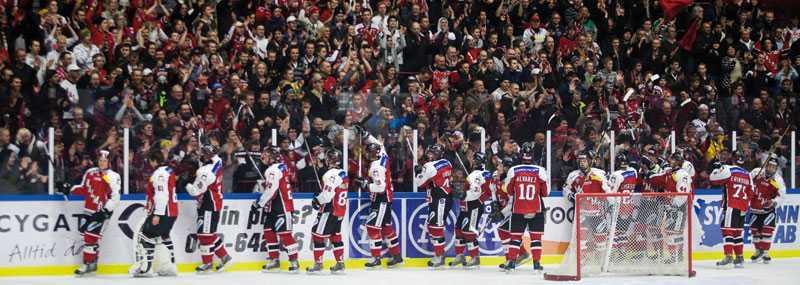 Malmö fortsätter att vinna. I går krossades Troja/Ljungby inför storpublik i en måstematch.
