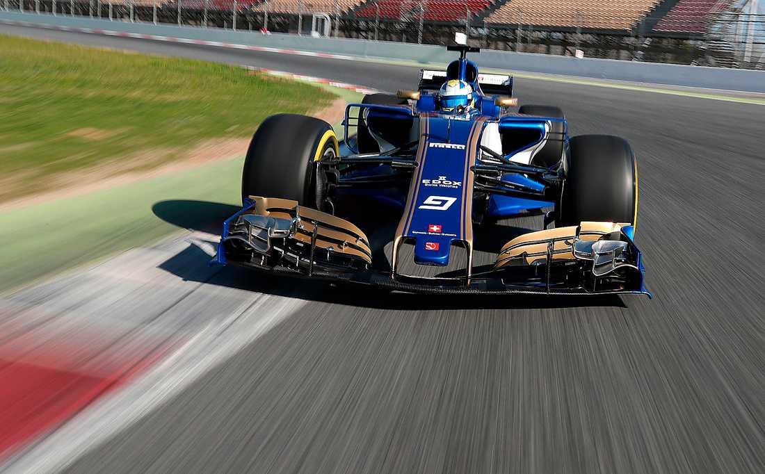 Marcus Ericsson, här i sin nya Sauber, förbereder sig för Formel 1-premiären. Testerna i Barcelona hålls från i dag till och med torsdag, samt den 7–10 mars.