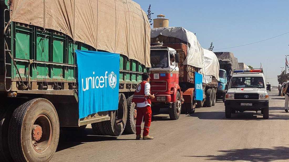 Arkivbild på konvojen som nu har bombats.