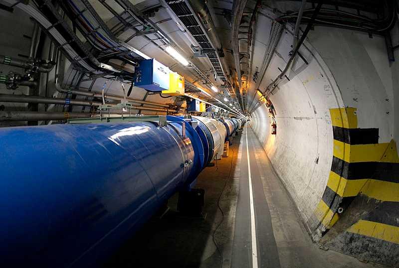 Antimaterian skapades i den enorma partikelacceleratorn i schweiziska CERN.