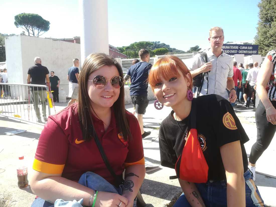 Romasupportrarna Giadia Molinelli och Francesca Bersani.