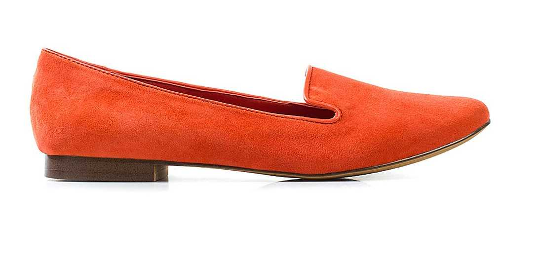 Loafers i äkta mocka från Steve Madden, 899 kronor, Nelly.com.