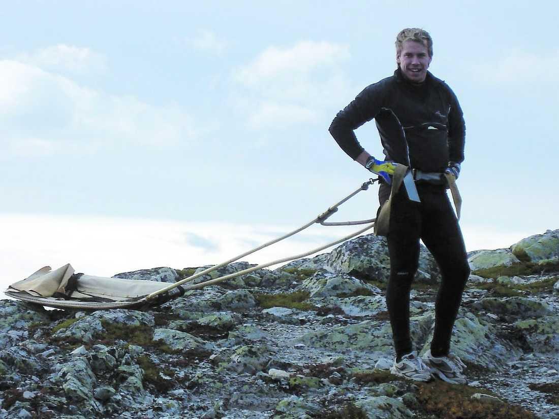 På toppen Emil Jönssons pulkaträning har gjort honom till världens bästa sprintåkare.