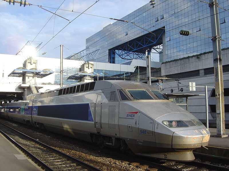 TGV-tåget i Frankrike. 320 km/h.