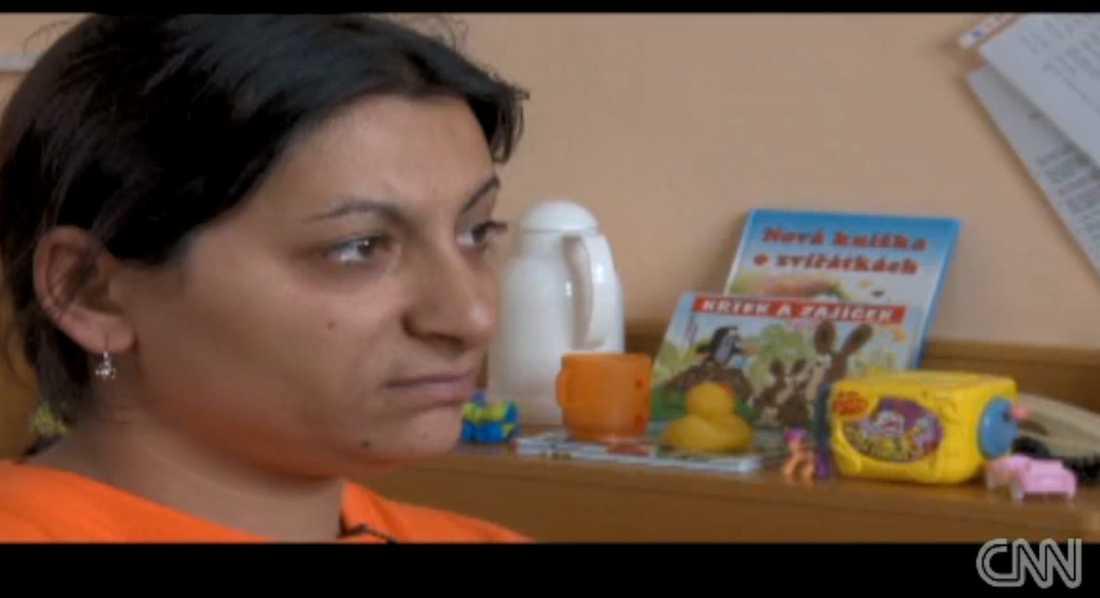 """""""Jag skulle göra vad som helst för att få tillbaka det liv som vi levde förut"""", säger Anna Sivakova."""