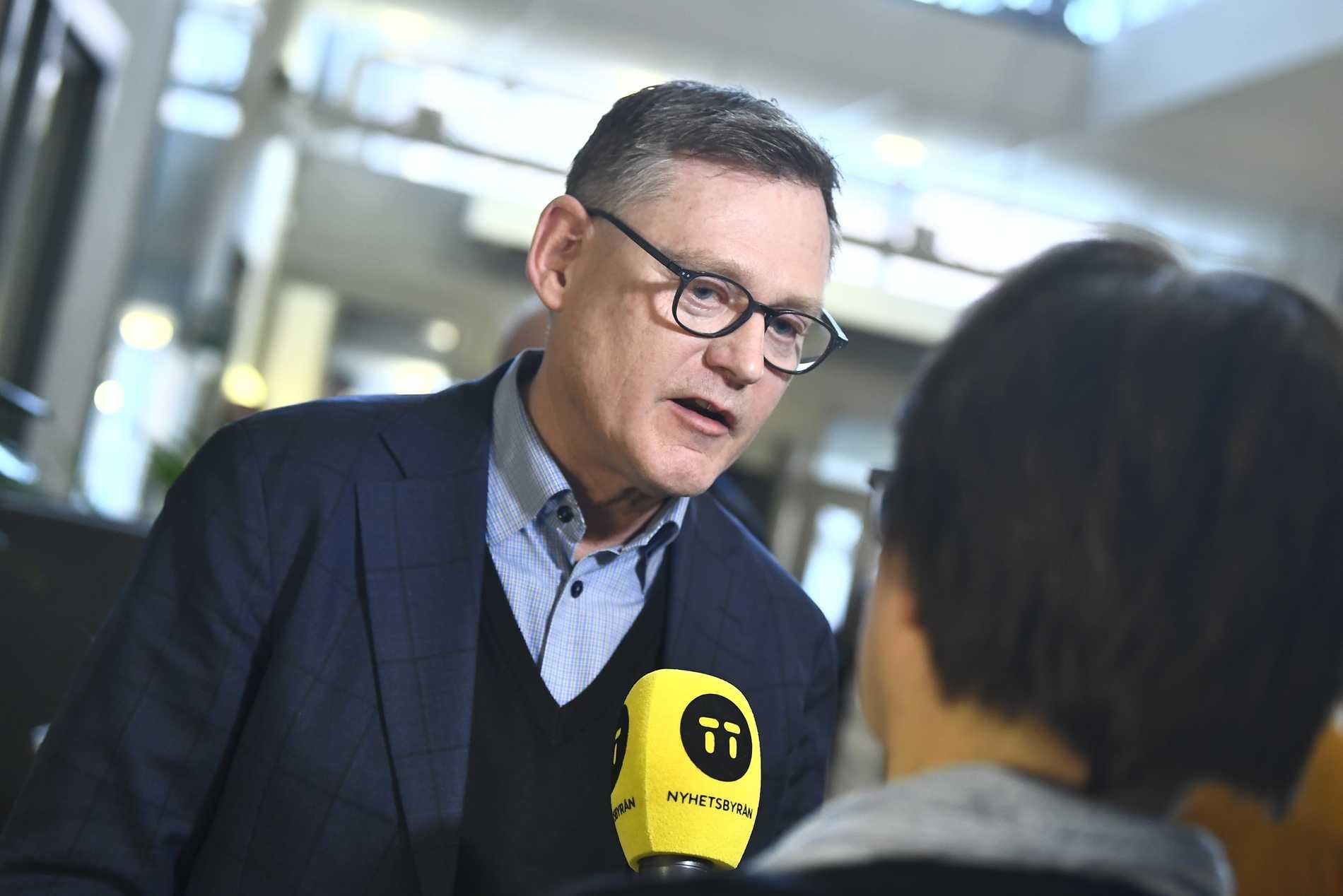 Fredriksson: Skolan står stadig efter krisen