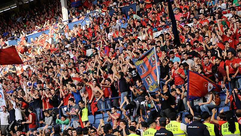 Supportrar till Osasuna.