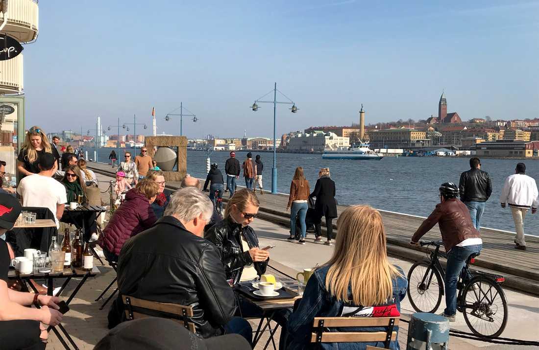 Vårstämning på Eriksbergskajen i Göteborg.