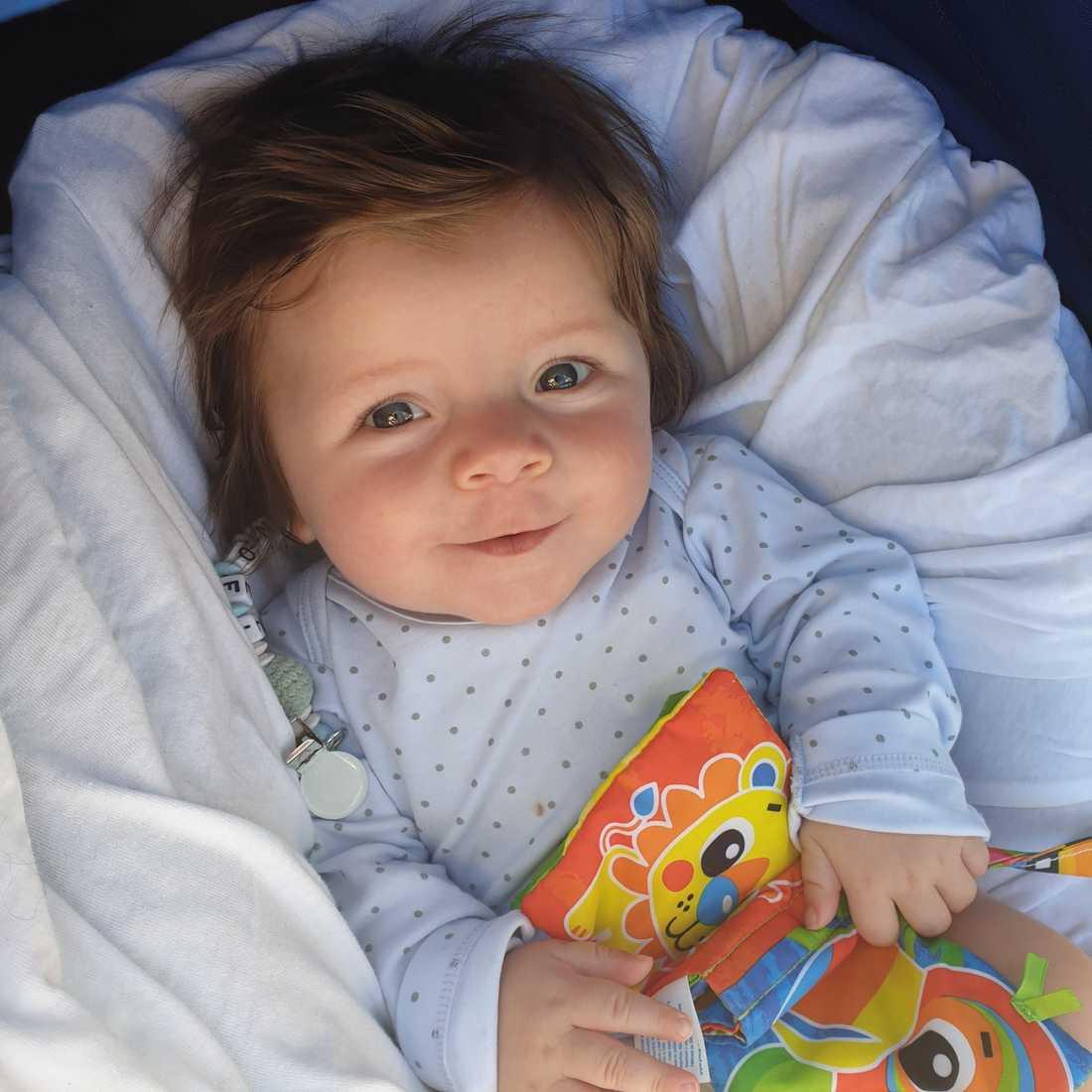 Här är Noel som föddes i februari i år. Inskickad av Therése Sandberg från Stockholm.