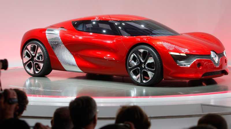 Renault visar sin senaste konceptskapelse, den elektriska sportbilen DeZir. Fräck design, plats för två plus en massa batterier. Topphastighet: 160 km/t. Foto: Scanpix