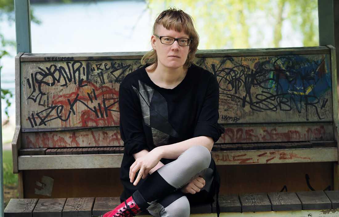 """Helena Österlund har kommit med uppföljaren till den hyllade romanen """"Min sårbara kropp""""."""