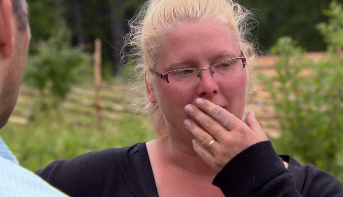 "Louise Olsson kastas ut från ""Farmen""."