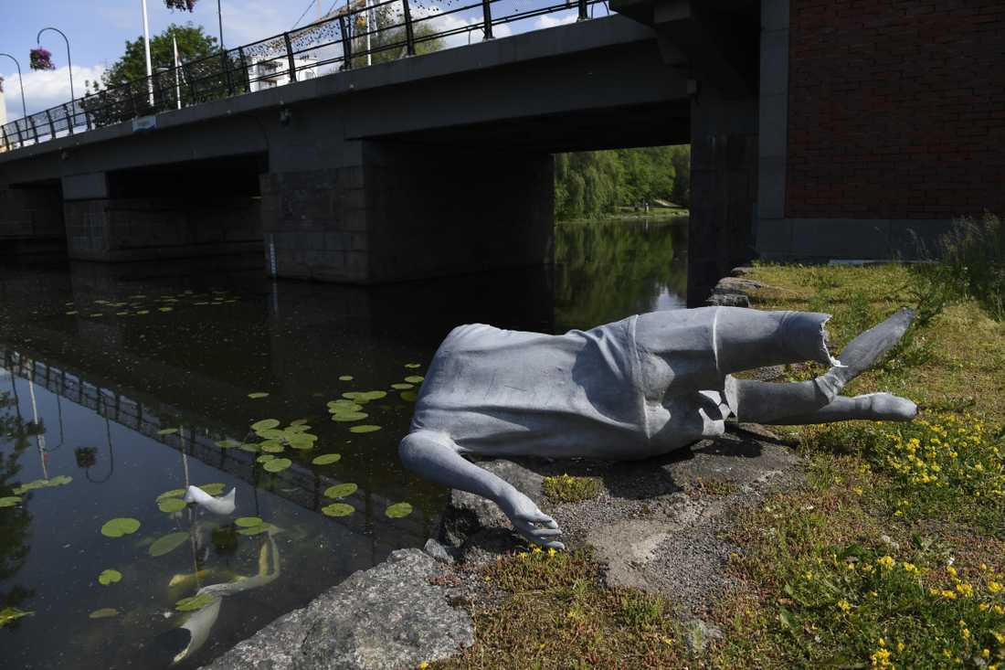 Nilla Fischers staty vandaliserad.