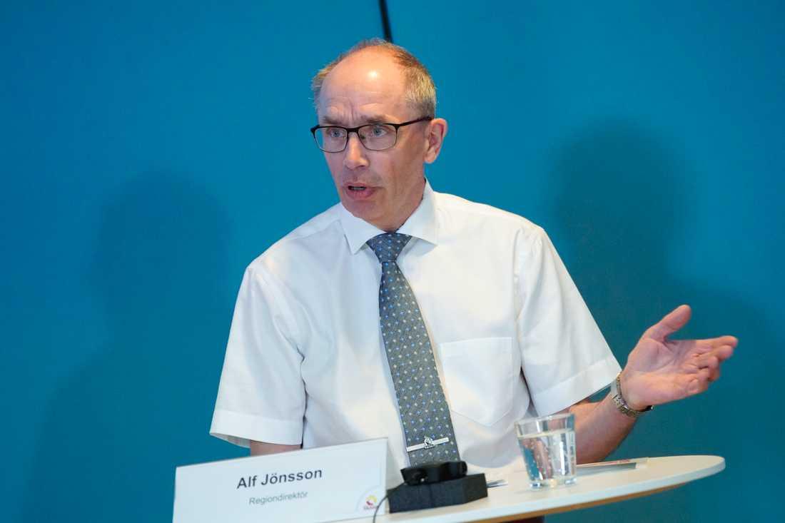Regiondirektören Alf Jönsson vid onsdagens pressträff.