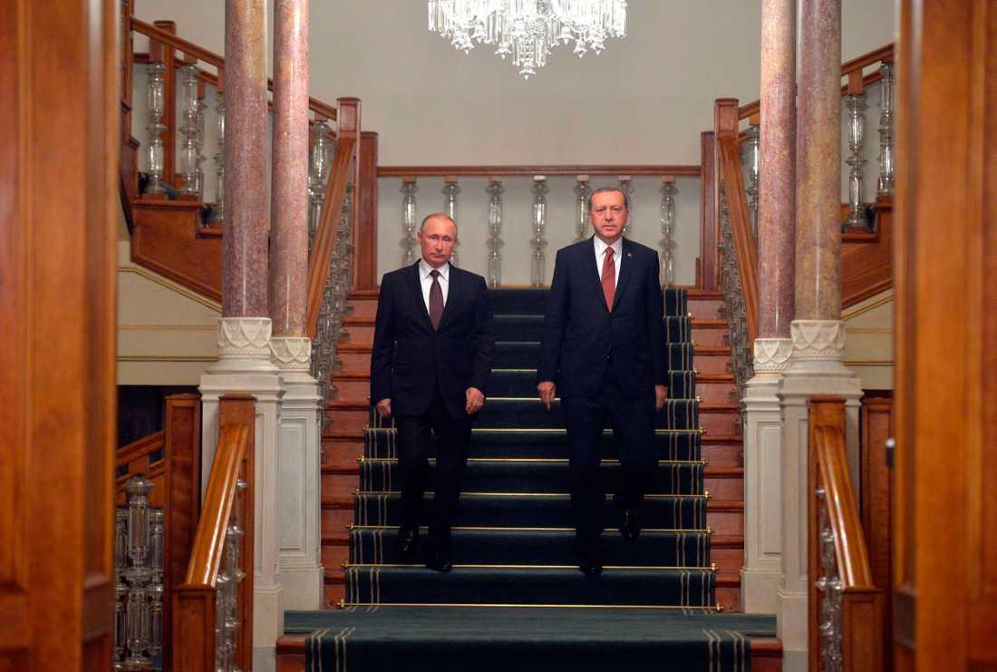 Under Erdoğan håller Turkiet på att Putiniseras i snabb takt och det är svårt att se någon botten.