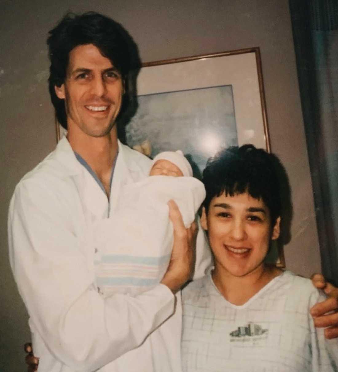 Bryan med Isabel och  Lauren som vid tidpunken var bebis.