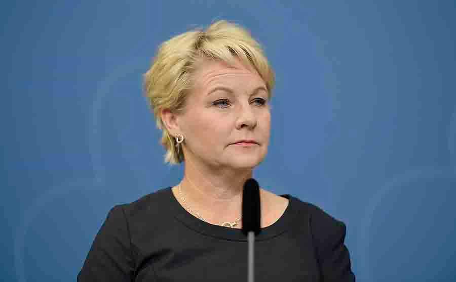 KAN GÖRA DET SOM KRÄVS Hillevi Engström är ny nationell samordnare mot våldsbejakande extremism. Ett jobb som bland annat kräver att kunna hålla emot när populister vill ha hårdare tag.