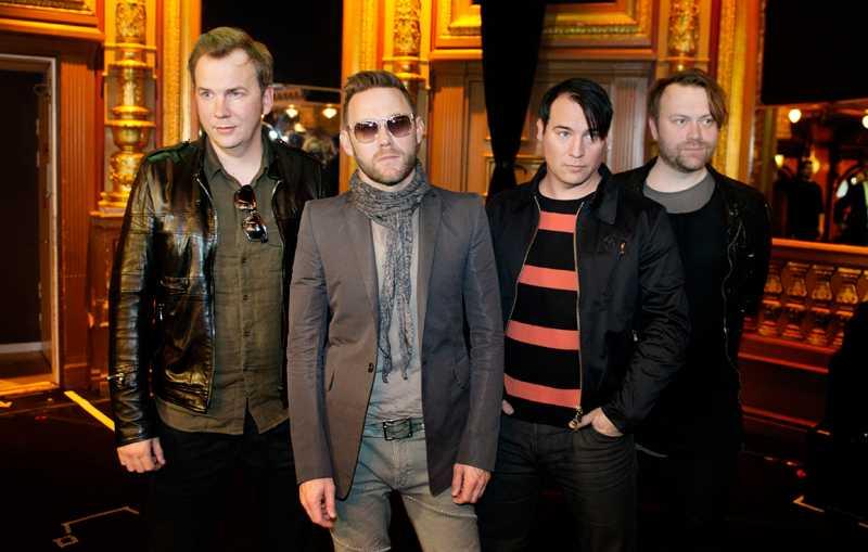 """Nya skivan ute nu Sami Sirviö, Jocke Berg, Markus Mustonen och Martin Sköld i Kent släpper sin tionde fullängdare """"Jag är inte rädd för mörkret""""."""