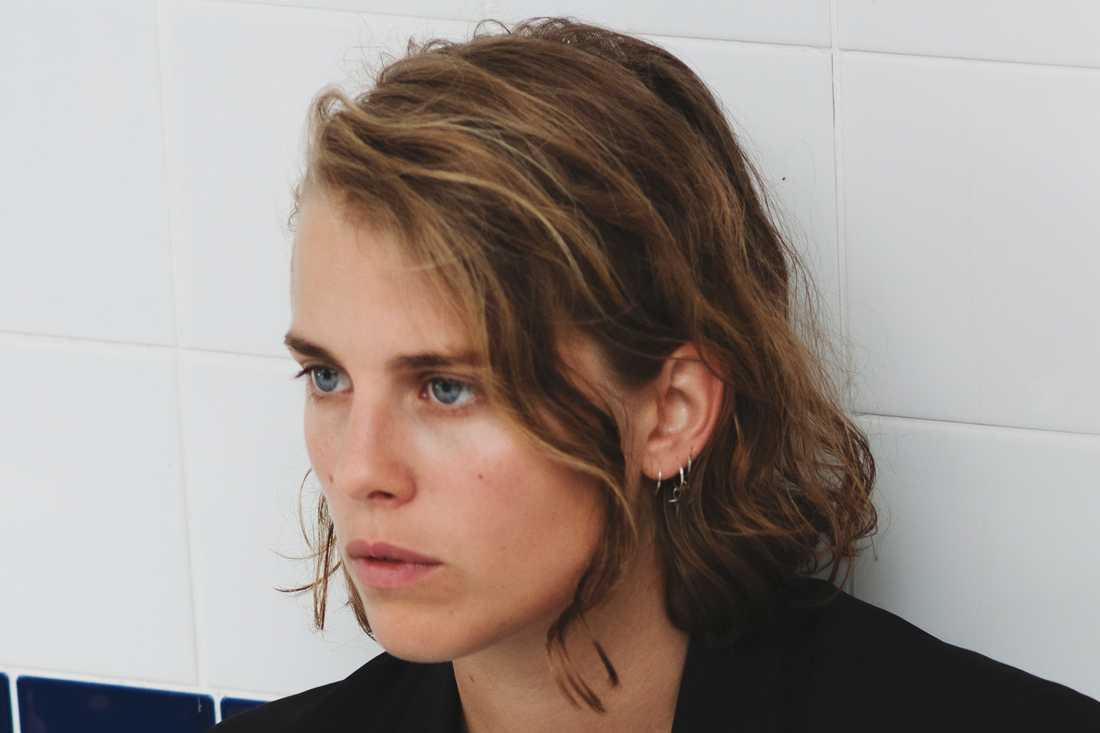 Marika Hackman släpper coveralbum med sina favoritlåtar senare i höst.