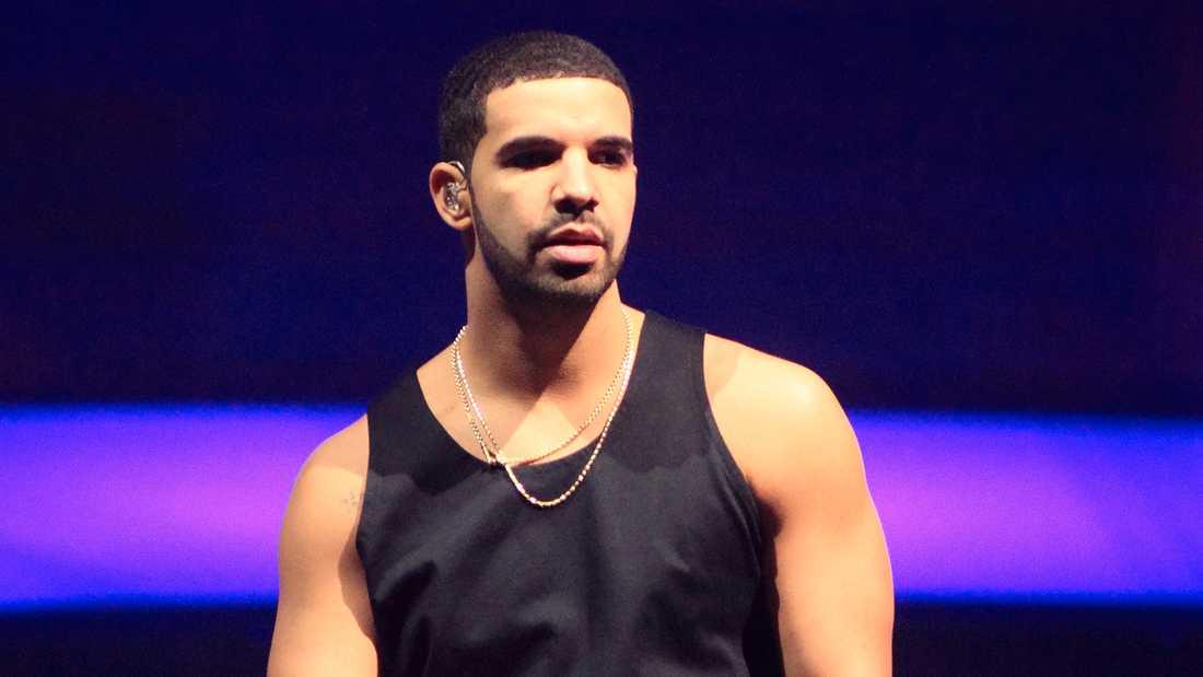 """I could dance like Michael Jackson"", rappar Drake hemifrån på sin senaste singel."