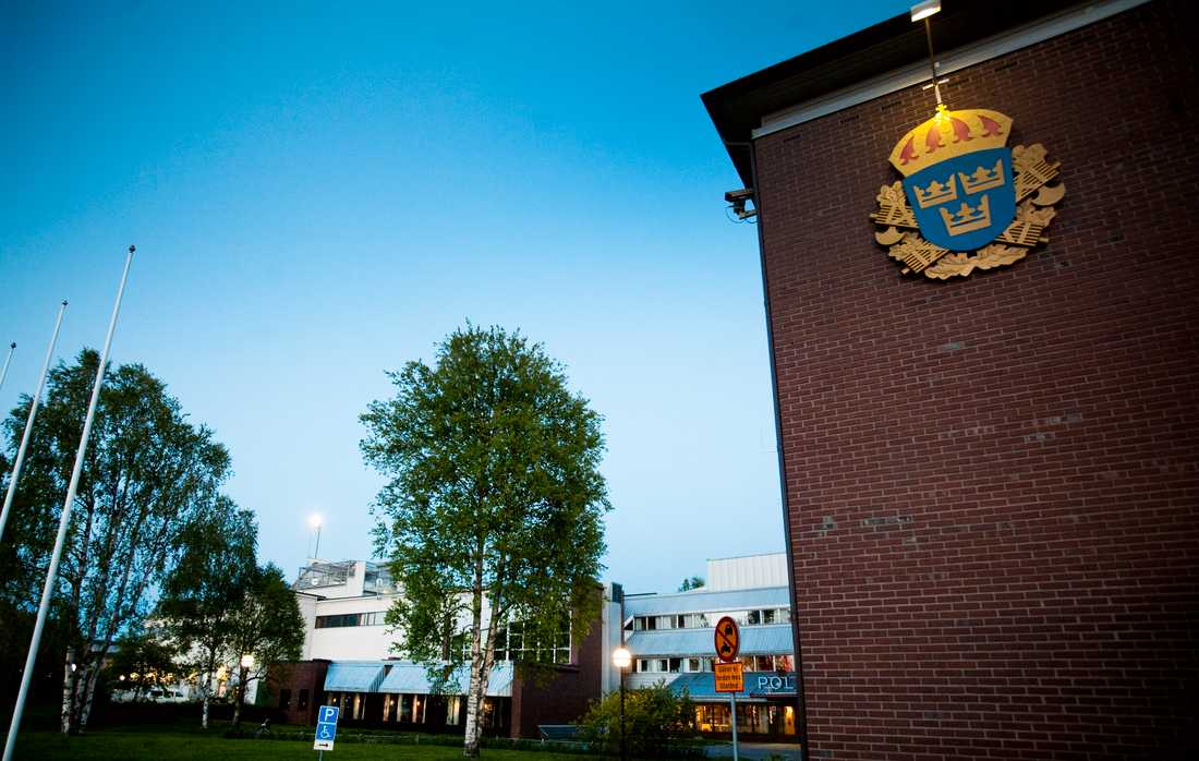 Polishuset Umeå.
