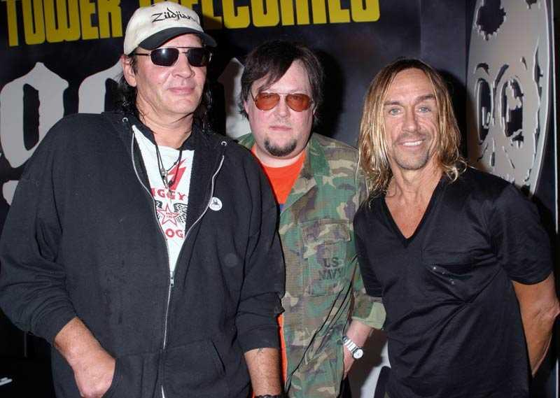 Tre originalmedlemmar i The Stooges Scott Asheton, Ron Asheton och Iggy Pop.