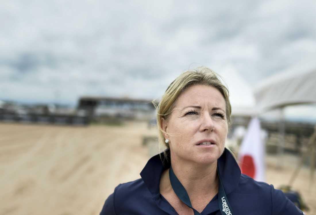 """""""Någonstans behöver man dra gränsen för vad man utsätter hästen för"""", säger landslagsveterinären Lisa Lidbeck."""