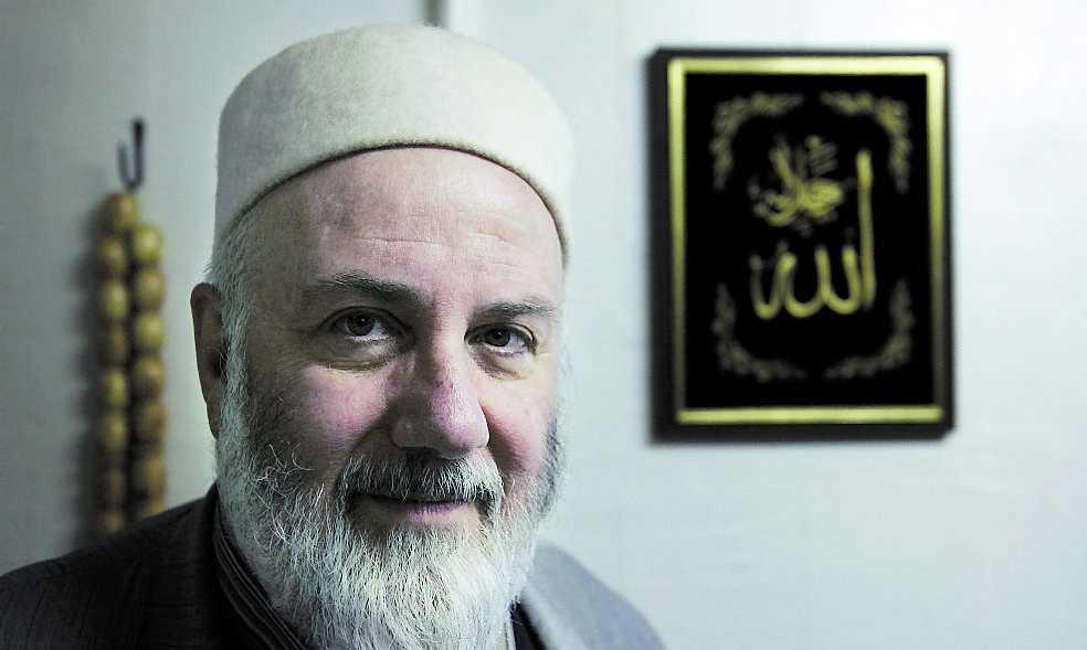 """Iman Abd al Haqq Kielan är upprörd över att rikdagsledamoten """"utnämner en femtedel av mänskligheten till tjuvar""""."""