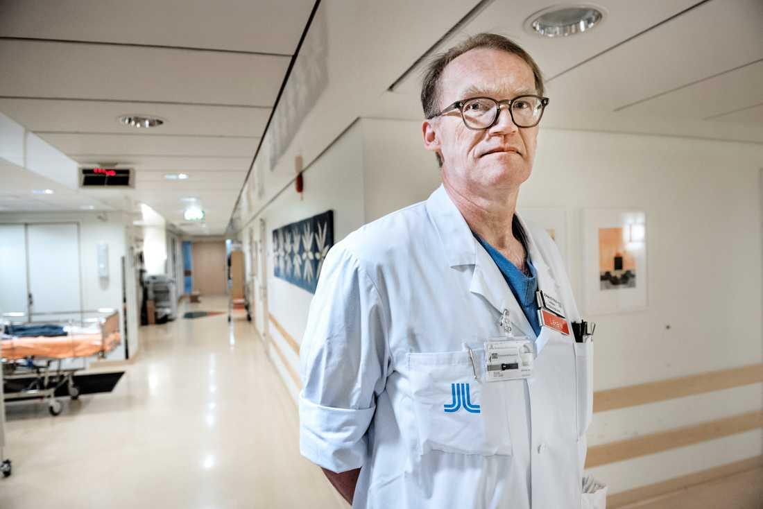 Flera läkare har själva intensivvårdats efter att de blivit smittade på jobbet, säger Johan Styrud, ordförande för Läkarföreningen i Stockholm och överläkare på Danderyds sjukhus. Arkivbild.